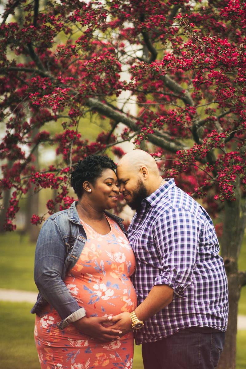 Couple doing a pregnancy shoot