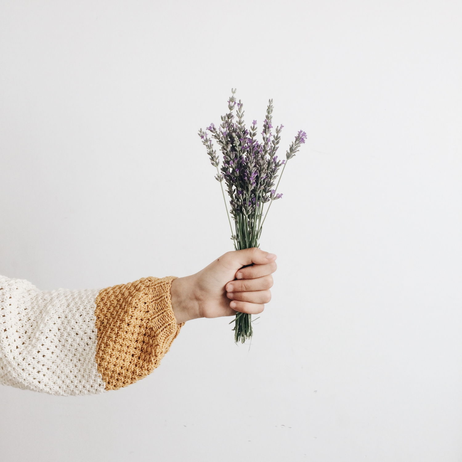girl holding lavender bouquet